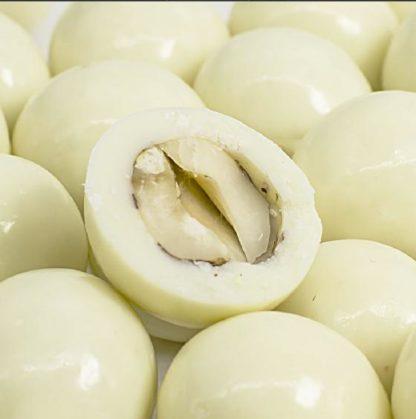 Фундук в йогурте